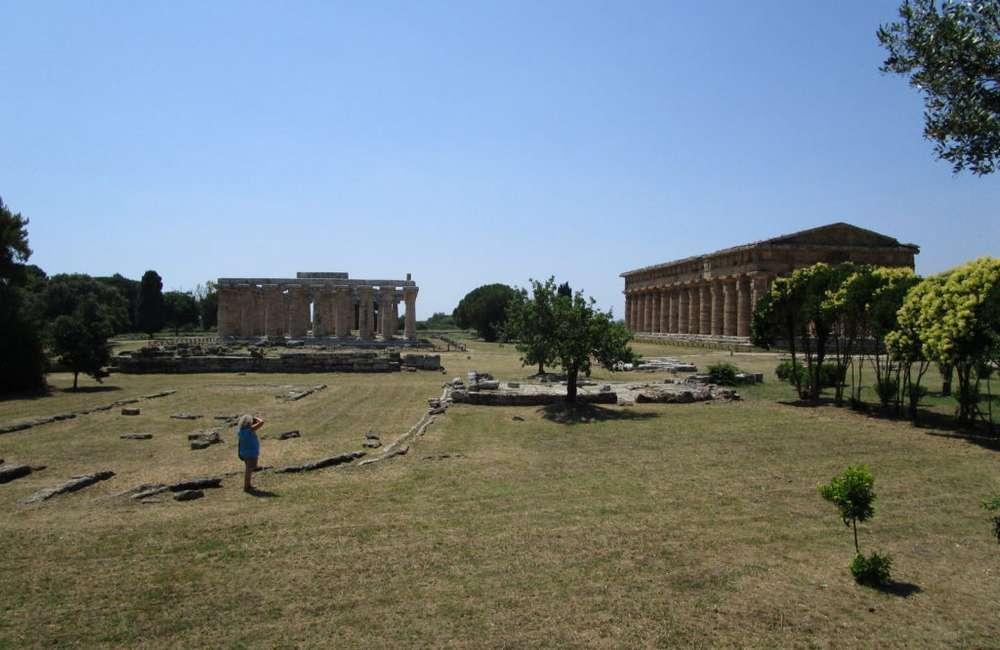 Paestum scavi archeologici