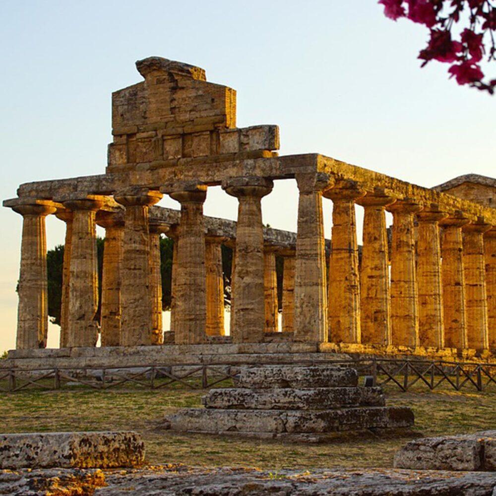 Paestum scavi archeologici Vesuvian in tour